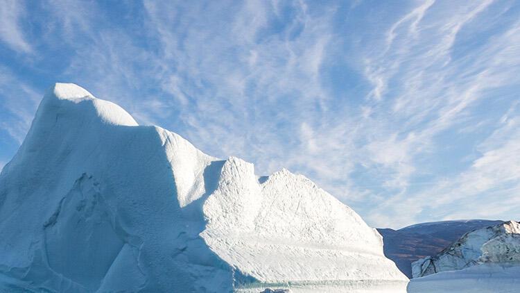 Arktik'te buzullar eriyor, gerilim artıyor