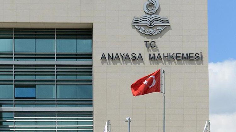 Anayasa Mahkemesi YÖK başkanının o yetkisini iptal etti