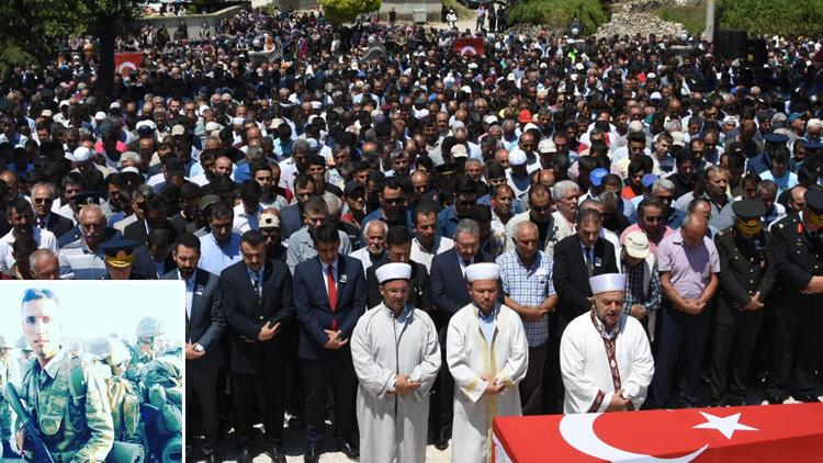 Şehit Uzman Onbaşı Ünal'ı son yolculuğuna 5 bin kişi uğurladı