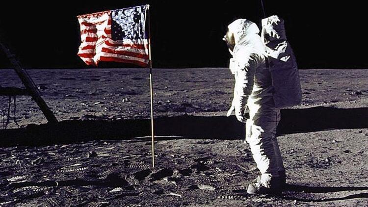 Neil Armstrong: Ay'dan bakınca Dünya çok güzel görünüyor