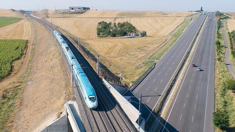 Demir yollarına yatırım meyvesini yük trenleriyle veriyor