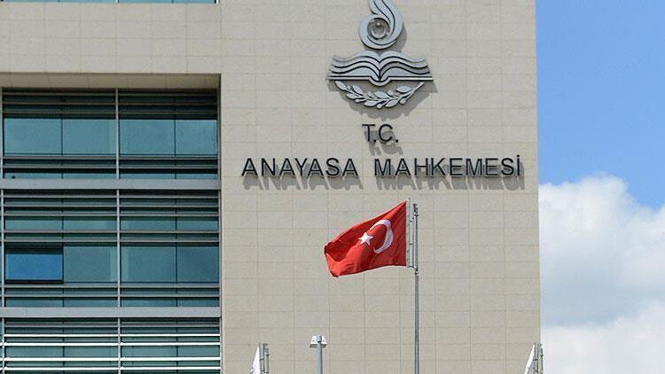 İstanbul Medeniyet Üniversitesi'nden AYM'nin 'hak ihlali' kararına tepki