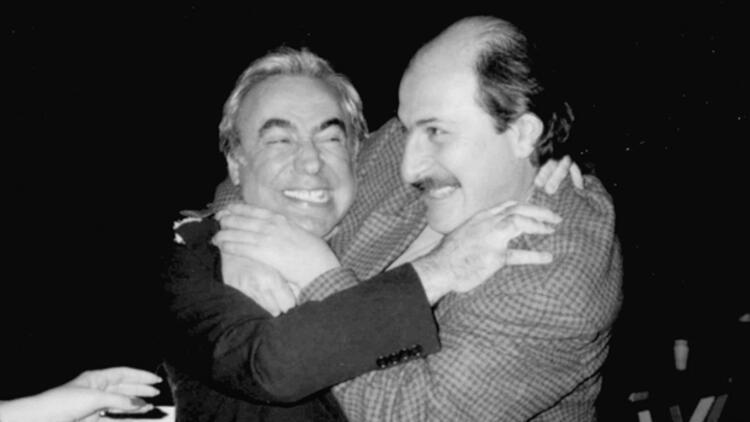 """""""Emel Sayın'la beni o halde görünce Şener Şen yere düştü"""" Gösteri dünyasının kara kutusu Mustafa Oğuz anlattı..."""