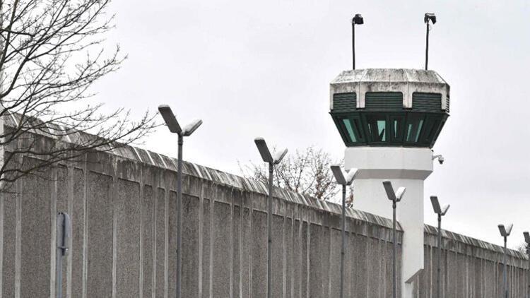 Berlin cezaevlerinde 5 kilo uyuşturucu çıktı