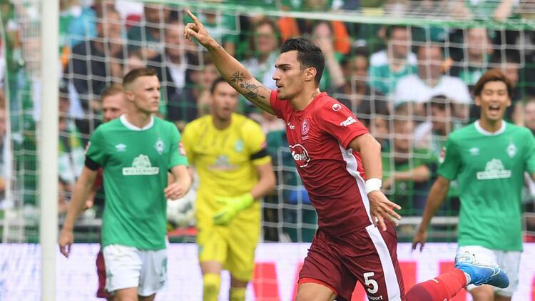 Fortuna Düsseldorf, Türk oyuncularıyla güldü