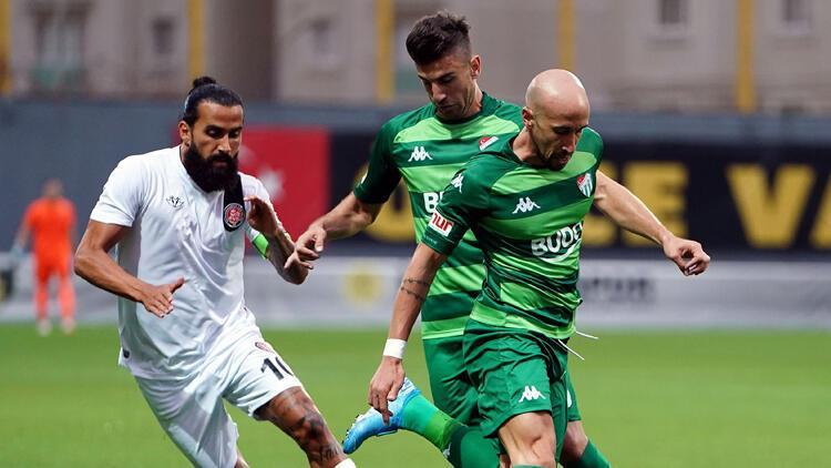 Bursaspor mağlubiyetle başladı