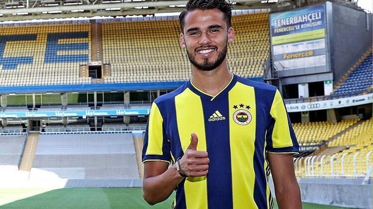 Son dakika transfer haberleri: Fenerbahçe'de Diego Reyes imzayı atıyor