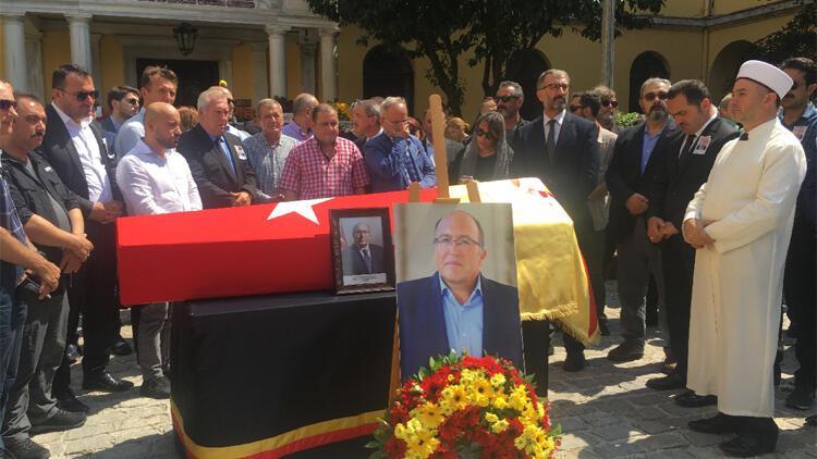 Prof. Dr. Ahmet Haluk Dursun için Galatasaray lisesinde tören düzenlendi