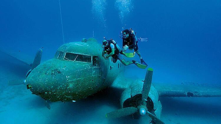 Sualtındaki  uçak filomuz