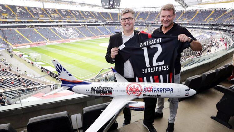 Eintracht Frankfurt taraftarına SunExpress sürprizi