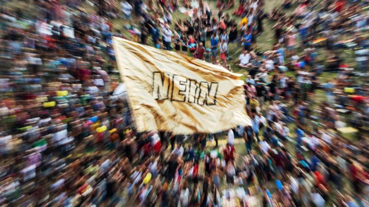 35 bin kişi seçim öncesi sokağa çıktı: AfD'yi durdurun