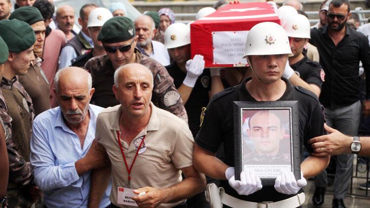Şehit polis Akın Çelebi, Trabzon'da toprağa verildi