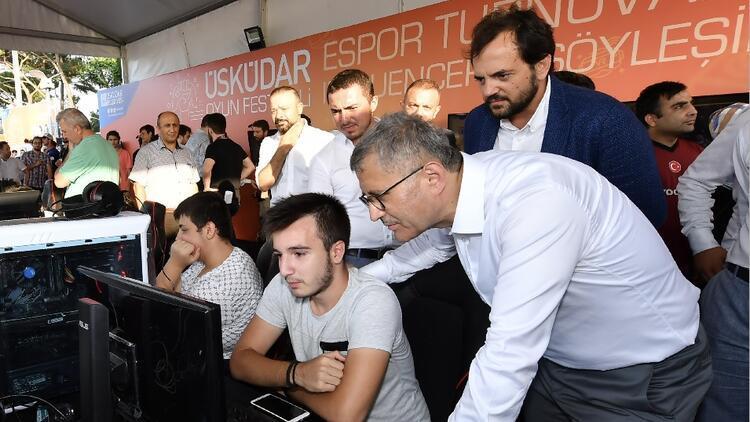 Türkiye'nin ilk kamu espor tesisi Üsküdar'da kurulacak!