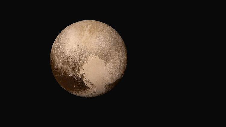 NASA Başkanı: Plüton gezegen olarak değerlendirilmeli