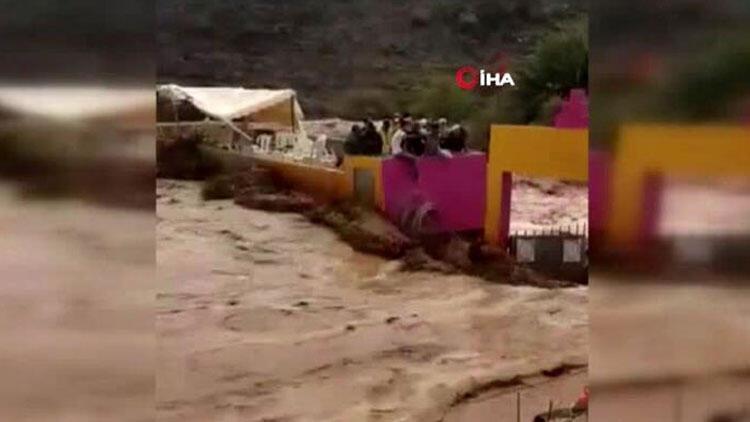 Fas'ta sel stadı yıktı, 7 kişi hayatını kaybetti