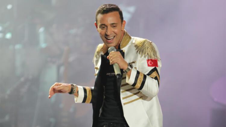 Mustafa Sandal izdihamı