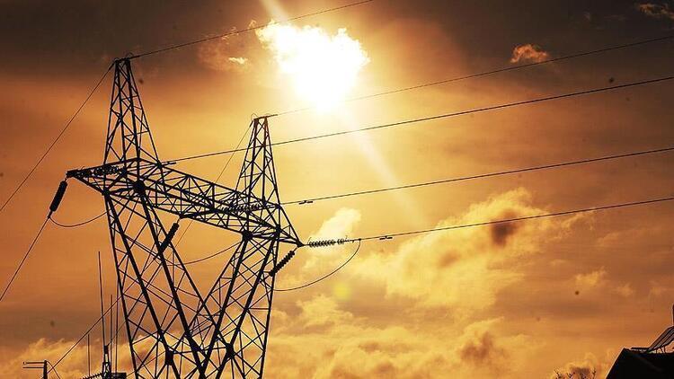 Tatilde elektrik tüketiminin yüzde 5'i Akdeniz'den