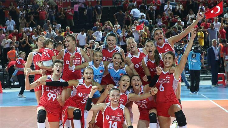 Türkiye Hollanda voleybol maçı ne zaman, saat kaçta ve hangi kanalda? Filenin Sultanları çeyrek finalde!