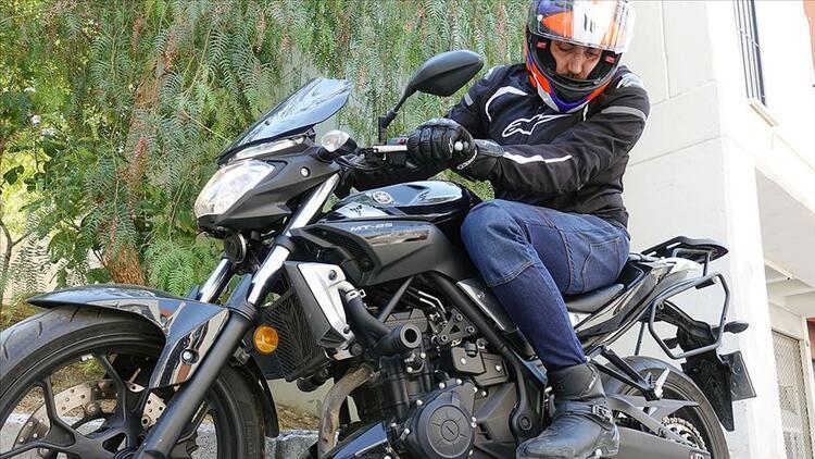 Motosikletlilere 'karbon fiber pantalon'lu koruma