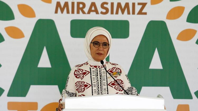 """Emine Erdoğan: """"Ata Tohumu Projesi, tarımı milli bağımsızlığımızın anahtarı olarak gördüğümüzün de ifadesidir"""""""