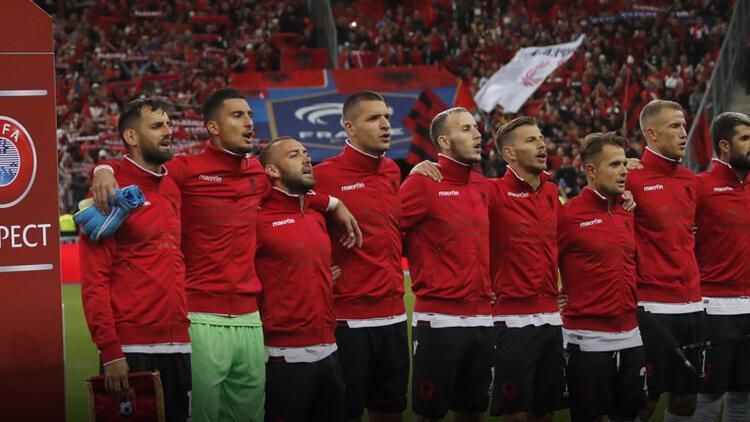 Arnavutluk takımına milli marş şoku