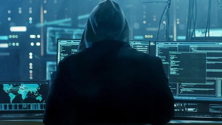 Siber saldırganlar 19 yıl boyunca bilgi çalmış