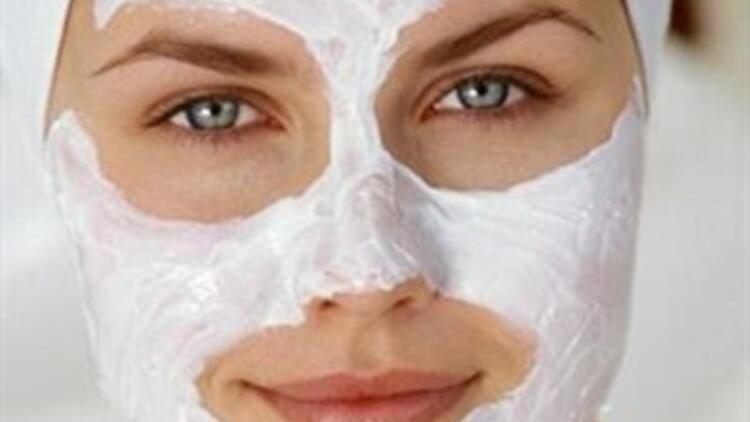 Güzelliğinize güzellik katacak maskeler!