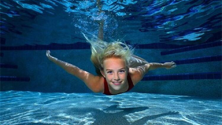 Yaz geldi! Doğru yöntemle yüzerek zayıflayın!