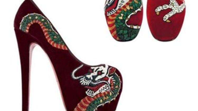 Yeni trend dövmeli ayakkabılar!