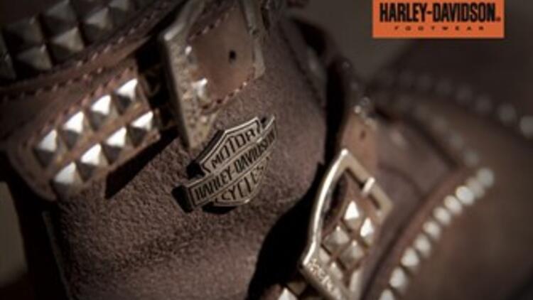 Harley Davidson'dan zımba şıklığı