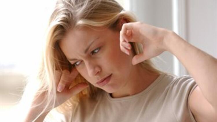Kulak Çınlamasının Altındaki Tehlikeler!