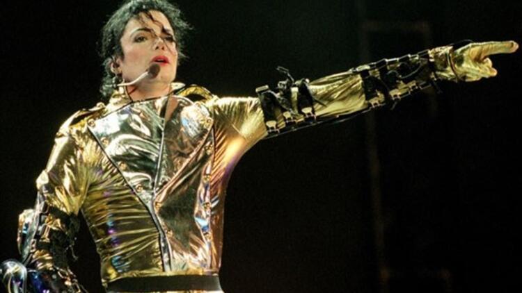 Michael Jackson'ı Dirilten Hologram Teknolojisi