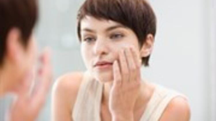 Kırışıklıklara Neden Olan 7 Kötü Alışkanlık