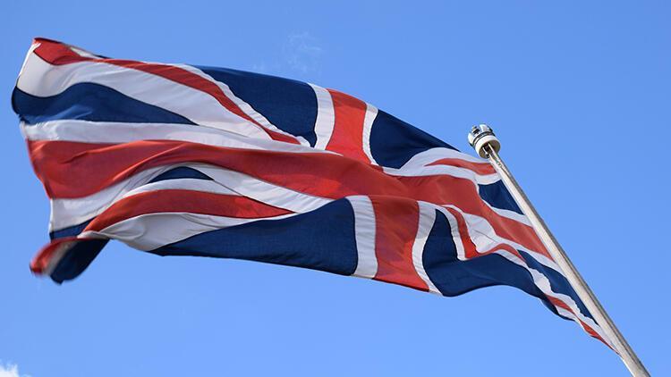 İngiltere'den yabancı öğrencilerle ilgili karar