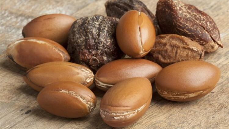 Argan Yağının Saça Faydaları Nedir? Argan Yağı Nasıl Kullanılır?