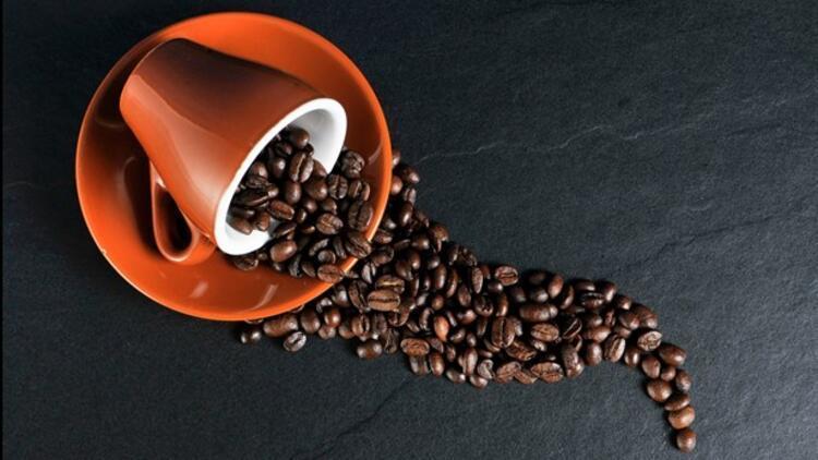 Cilt Yenileyici 3 Kahve Maskesi
