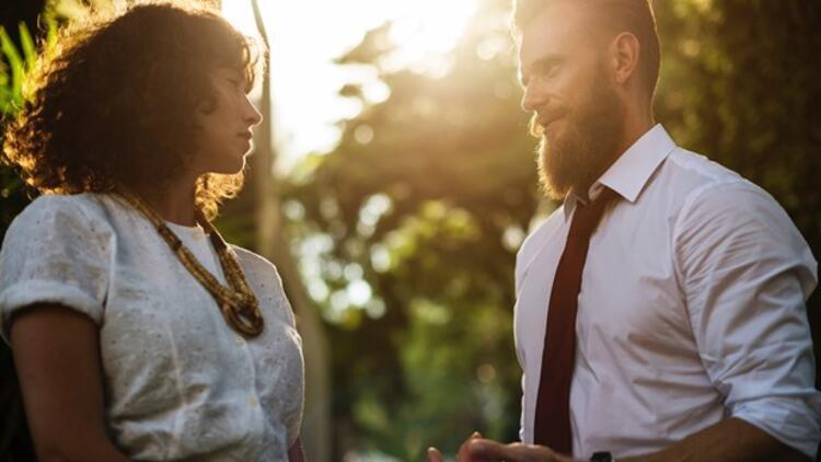 Erkeklerde Kadınları İlk Gördüğünde Oluşan 13 Gizli Düşünce