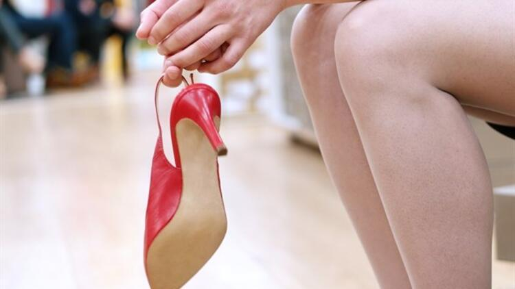 Topuklu Ayakkabı Varis Oluşumunu Tetikler mi?