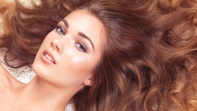 Saçları Hızlı Uzatmanın 6 Etkili Yolu