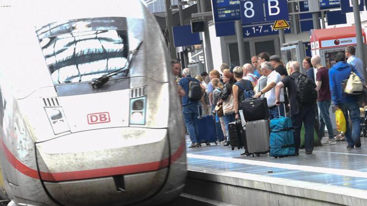 Bakanlar tren ve istasyonların güvenliği için buluştu