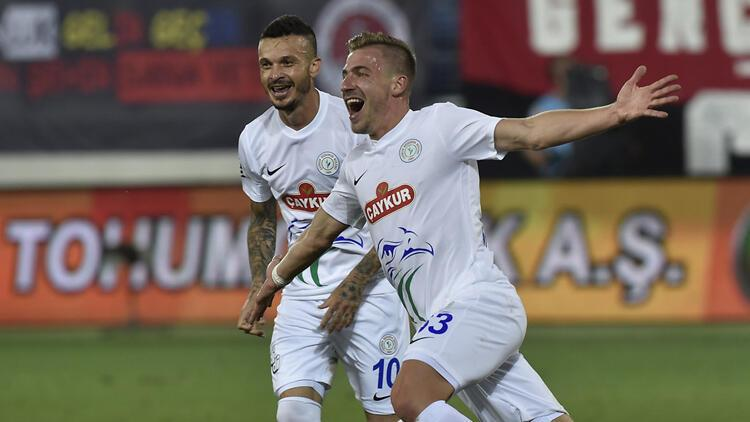 Fenerbahçe'den yeni sol bek hamlesi! Dario Melnjak...