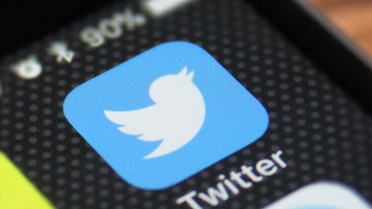 Twitter Raul Castro'nun hesabını kapattı