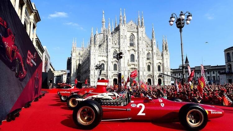 Efsaneler Piazza del Duomo'da buluştu