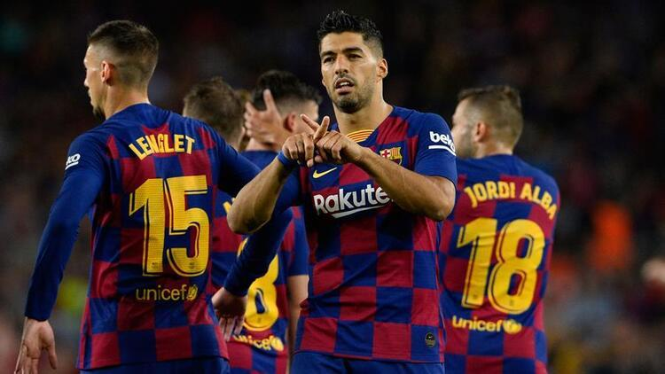 Barcelona, Valenciayı farklı yendi Luis Enriqueye saygı duruşu...