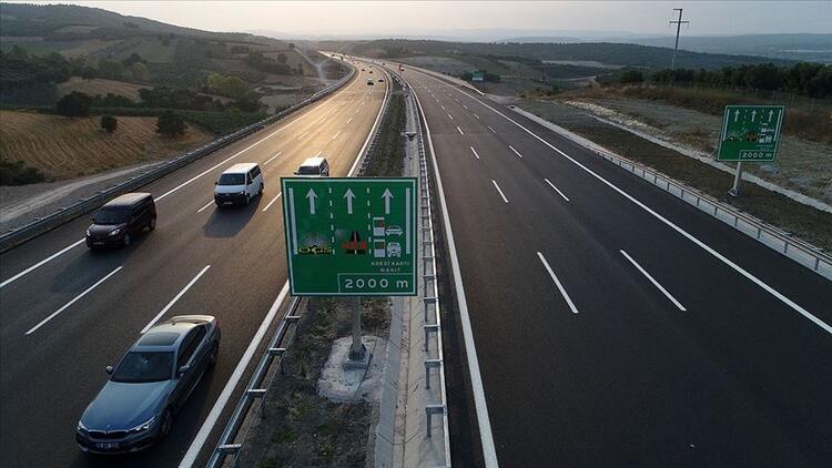 İstanbul-İzmir Otoyolu'ndan 35 milyon araç geçti - Son Dakika Ekonomi Haberleri
