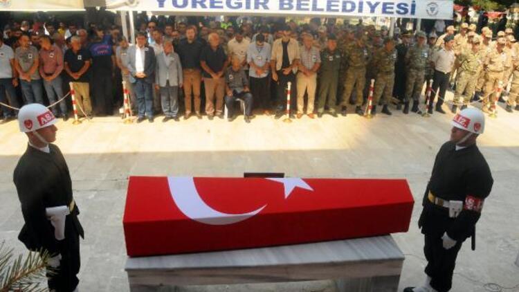 Uzman Çavuş Remzi Hatipoğlu son yolculuğuna uğurlandı