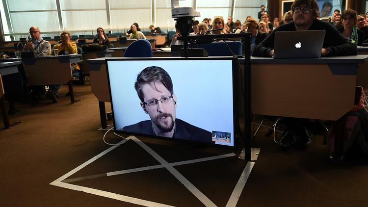 Edward Snowden, adil yargılanırsa ABD'ye dönmek istiyor