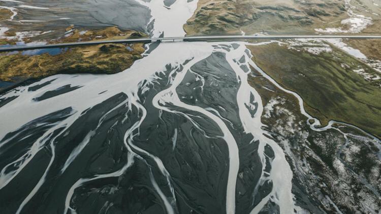 Hadi İpucu: Bir ırmağın çatallanarak denize döküldüğü yere ne denir?