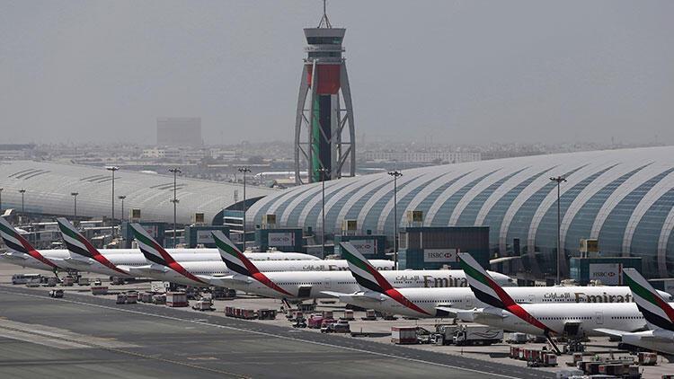 Son dakika... Dubai Havalimanı'nda şüpheli İHA hareketliliği: Uçaklar geri çevrildi