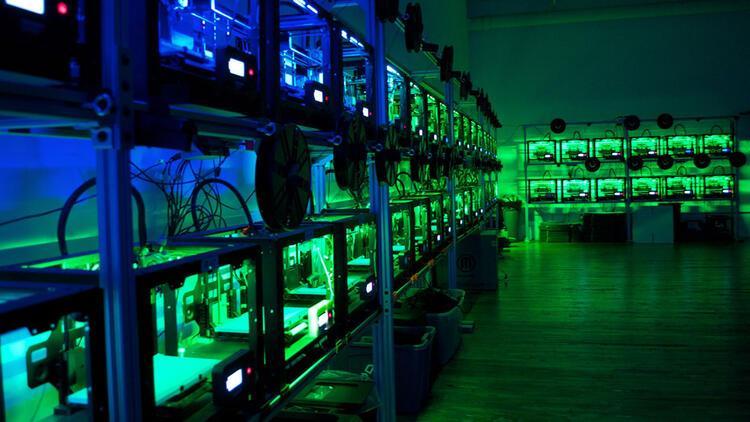 Endüstri 4.0 ile birlikte üretim 'karanlık fabrikalar'a kayıyor